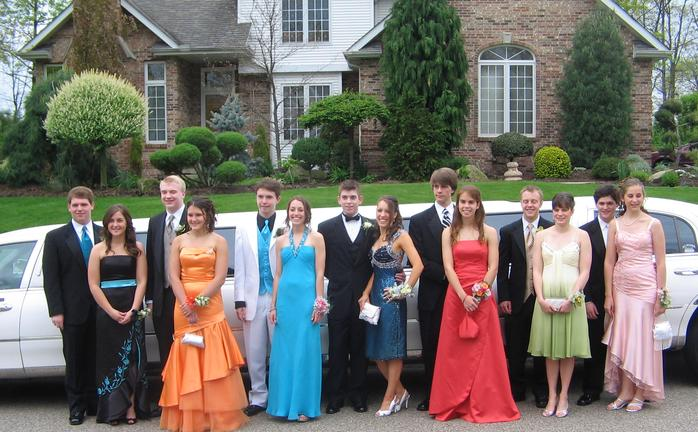 Charlotte Birthday and Prom Limousines